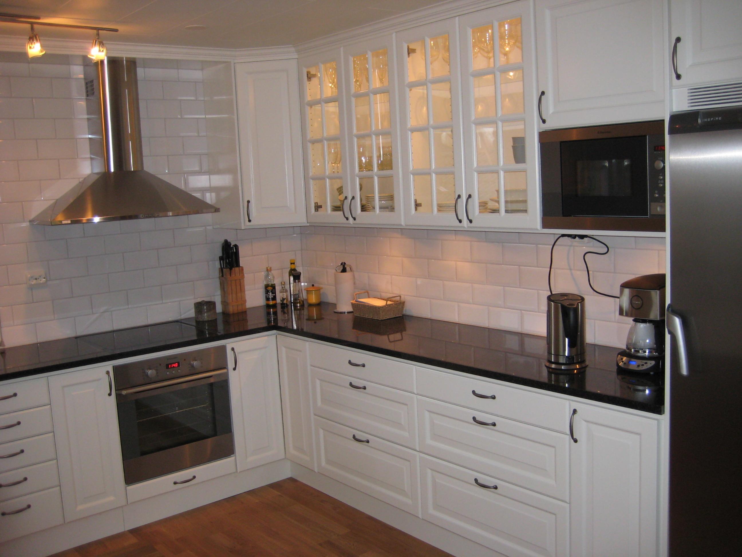 Bilder Kakel I Kok : vitt kakel kok bilder  Stenbonkskivan or i granit tillverkat av